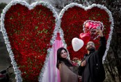 Pakistan court bans Valentine's Day in public spaces
